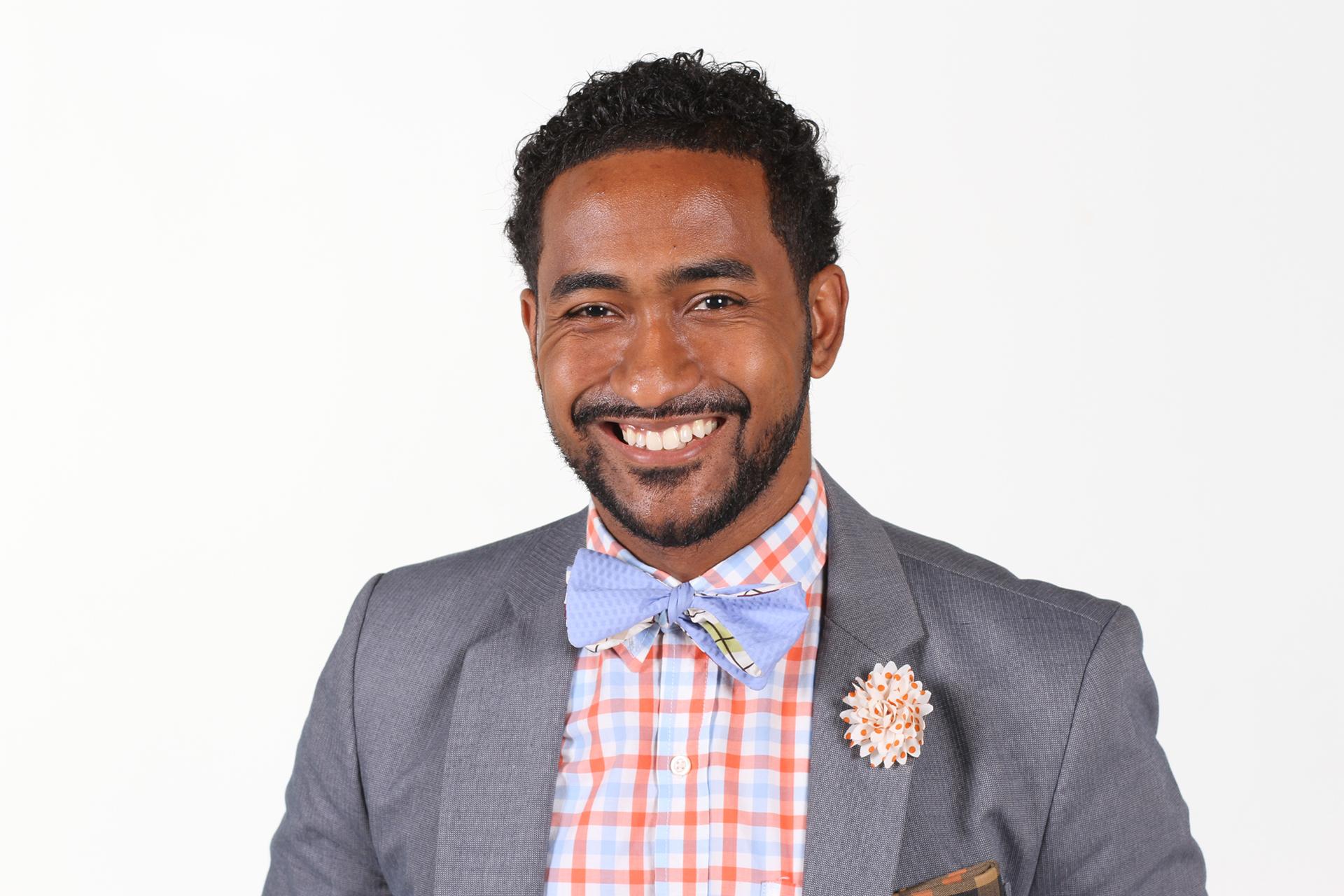 Carlos-Gray-Profile